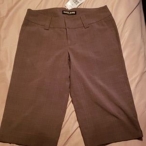 NWT Guess capris pants